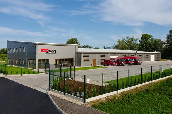 Výrobní hala s administrativní budovou Prodan Interier Slovensko